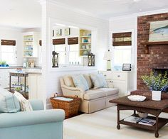 tips: la cloison fenêtre derrière le canapé , la briquette et le poisson cadre en bois flotté