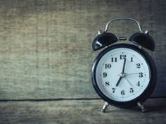Spring Forward, Fall Back Punishment Ideas, Analog Alarm Clock, Body Clock, Daylight Savings Time, Fall Back, Telling Time, How To Wake Up Early, Good Morning Images, Morning Pictures