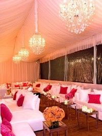 WOW Wedding looks of the day - Glitz + glam + sophisticated details + great lighting = WOW! - SOULWISHES's Pink Wedding by Color Blog