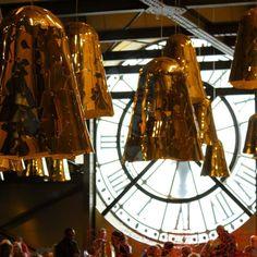 """Arte por todos os lados até no restaurante em Paris nada é """"simplesinho"""" amei. Paris França. #paris #frança #france #europe #europa #tourist #tourism #vacation #ferias #viagem #trip #travel #photooftheday #fotododia #youtube #youtubechannel #patriciaviaja #musee #museum #museedorsay #restaurant #decoration"""