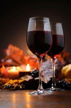 Wine Drinks, Alcoholic Drinks, Wine By The Glass, Wine Vineyards, Wine Photography, Wine Art, Wine Time, Sparkling Wine, Wine And Spirits