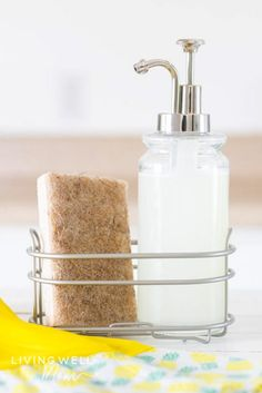 This easy homemade dish soap recipe using 3 simple ingredients for a grease-cutting natural dishwashing liquid that's all-natural too. Homemade Dishwashing Liquid, Homemade Dishwasher Detergent, Dishwasher Soap, Homemade Cleaning Supplies, Cleaning Hacks, Cleaning Routines, Homemade Dish Soap, Natural Cleaning Products, Natural Products