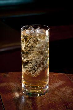 Whisky JOHNNIE WALKER BLACK LABEL com água com gás Whisky Festival pq_cred_Rodrigo Erib
