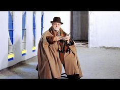 **seen. Henri Matisse and a new art form - Five minute short on Matisse and his cutouts. If you are passionate about art and appreciate Matisse, you will love this short film. Very moving, indeed. gg