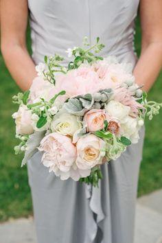 52 ramos de novia 2017: llegó la hora de imponer color con los estilos más hermoso. Credits: Brklyn View Photography