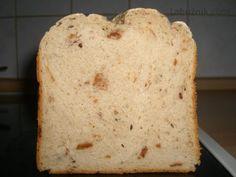 Škvarkový chléb z domácí pekárny recept - Labužník.cz Easy Bread Recipes, Pizza, Food, Detail, Essen, Meals, Yemek, Eten