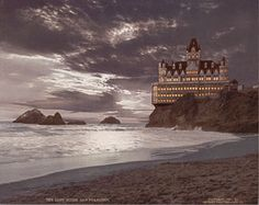 This photograph of the San Francisco Cliff House was hand colored by the photographer Henry Peabody in 1900 Lands End San Francisco, Cliff House San Francisco, San Francisco Girls, San Francisco California, Berkeley California, Vintage California, Cliff House Hotel, Hotel Secrets, Abandoned Houses