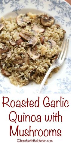 Roasted Garlic Quinoa with Mushrooms is an unassuming and irresistible side dish. - Roasted Garlic Quinoa with Mushrooms is an unassuming and irresistible side dish! get the recipe at - Quinoa Side Dish, Quinoa Dishes, Food Dishes, Side Dishes, Quinoa Recipes Easy, Whole Food Recipes, Vegan Recipes, Cooking Recipes, Skinny Recipes