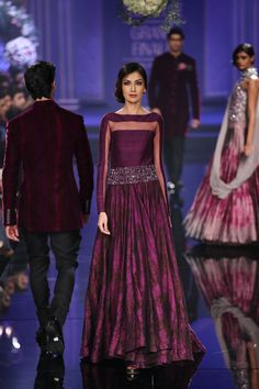 Manish Maholtra Grand Finale Burgundy #Anarkali #Dress At Lakme Fashion Week 2014.