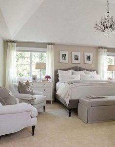 Cool 34 Luxury Huge Master Bedroom Decorating Ideas http://homiku.com/index.php/2018/02/24/34-luxury-huge-master-bedroom-decorating-ideas/