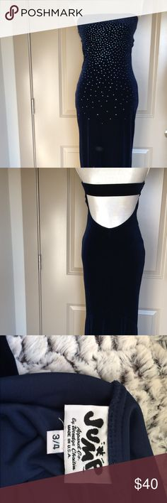 Wendy Chaitin Floor length Sparkly Evening Gown Dripping in sparkle - Beautiful Blue velvet - Hugs every bit of you as it goes down - Floor length - Never worn - Perfect for a special occasion Jump Dresses Prom