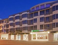 Holiday Inn Express Hotel & Suites San Francisco Fisherman's Wharf, 550 North Point Street, San Francisco, California United States (Click For Current Rate)