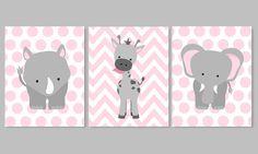 Ideas Baby Nursery Giraffe Polka Dots For 2019 Boy Decor, Baby Room Decor, Nursery Decor, Nursery Ideas, Nursery Bedding, Nursery Art, Room Ideas, Baby Girl Nursery Themes, Giraffe Nursery
