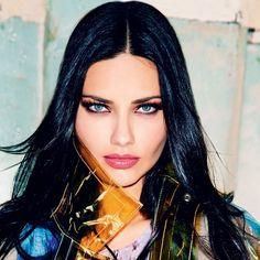 8 maneiras de aumentar seus olhos usando maquiagem  (Foto: Ellen von Unwerth/ Vogue Brasil)