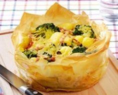 vrijdag: Broccolitaart van filodeeg met krieltjes en ham