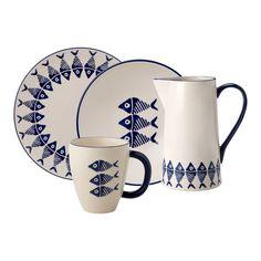 Ceramic Plates, Ceramic Pottery, Pottery Art, Service Assiette, Slab Ceramics, Porcelain Ceramics, Pottery Painting Designs, Turkish Art, Plate Design
