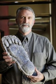 Jeff Meldrum, Professor of Anthropology at Idaho State University, has examined hundreds of Bigfoot footprint castings, looking at the varia...