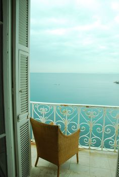 Bedroom balcony with a view, Nice