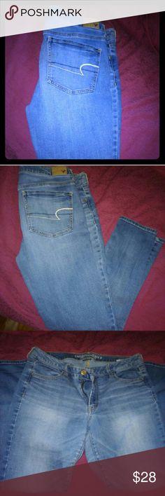 American Eagle super stretch skinny jeans Light blue super stretch skinny jeans American Eagle Outfitters Jeans Skinny