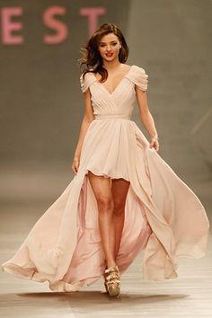 Miranda Kerr at the Liverpool Fashion Show in Mexico wearing a fabulous blush dress
