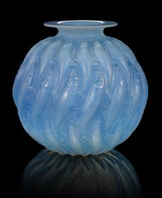 René Lalique, 'Marisa' a Vase, design 1927 opalescent glass, frosted and heightened with blue staining