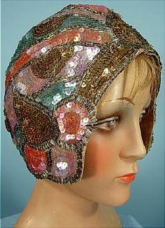 Antique Dress - Item for Sale Vintage Outfits, Vintage Fashion, Vintage Hats, 1920s Hats, Love Hat, Hat Hairstyles, Vintage Textiles, Historical Clothing, Headgear