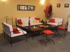 Cuidado-de-los-muebles-de-hierro-forjado Steel Furniture, Home Furniture, Outdoor Furniture Sets, Outdoor Decor, Muebles Living, Metal Homes, Industrial House, Living Room Sets, Sofa Set