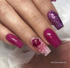 22 + Essential steps to coffin nails short natural glitter - Nail Art Cute Nails, Pretty Nails, My Nails, Coffin Nails, Acrylic Nails, Berry Nails, Dark Pink Nails, Glitter Nail Art, Purple Glitter