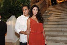 Lisandra Souto se casa com o empresário Gustavo Fernandes. A atriz Lisandra Souto, oficializou no dia 24 de junho, a sua uniãocom o empresário Gustavo Fern