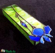 Kék írisz, ahogyan szereted. tiffanyüveg ékszerdoboz (Sztella11) - Meska.hu Techno, Sunglasses Case