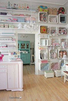 New craft room diy storage organisation 19 ideas Craft Room Storage, Sewing Room Organization, Diy Storage, Craft Rooms, Storage Ideas, Storage Spaces, Craft Room Shelves, Business Organization, Pantry Organization