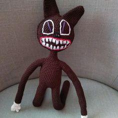 Háčkovaný kocour hnědý Crochet Dolls, Halloween, Decor, Decoration, Decorating, Crochet Doilies, Spooky Halloween, Deco