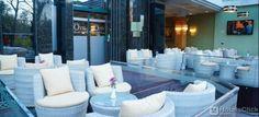 Le camere dell'Hotel Grand Tirane sono arredate con gusto e dotate di moderni comfort come aria condizionata, TV a schermo piatto, bagno privato con doccia e asciugacapelli, minibar, connessione Wi-Fi gratuita.  http://www.hotelsclick.com/alberghi/Albania/Tirana/51486/Hotel-Grand_Tirane.html