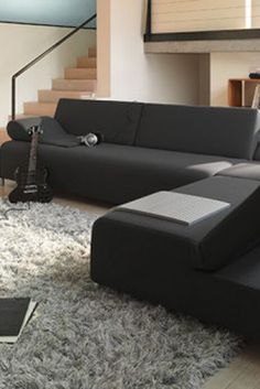 Trendy black living room ideas for your home Small Living Room Layout, Fresh Living Room, Fall Living Room, Living Room Themes, Casual Living Rooms, Living Room Styles, Living Room Photos, Elegant Living Room, Living Room On A Budget
