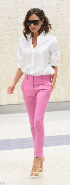 White shirt, pink pants and nude sandals - LadyStyle