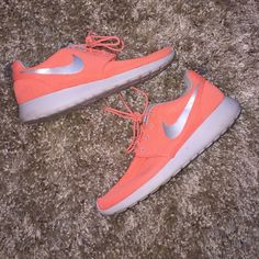 Neon coral roshes! Hardly ever worn, too big for me so I'm reselling. Nearly perfect condition, very comfortable, and comes with box! Nike Shoes Athletic Shoes