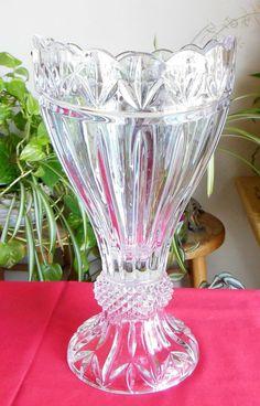 Shannon Crystal Designs of Ireland 24% Lead Crystal Olympia Vase Poland