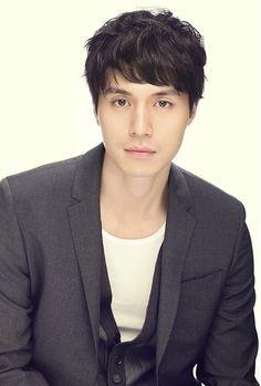 Lee Dong Wook » Korean Actor & Actress