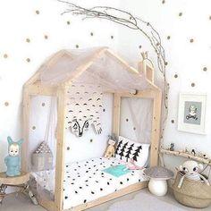 Kids Room Decoration and Playground Design - Kinderzimmer Baby Bedroom, Girls Bedroom, Bedroom Decor, Bedroom Ideas, Master Bedroom, Scandinavian Kids Rooms, Scandinavian Style, Kids Room Design, Little Girl Rooms