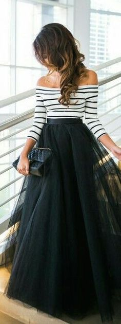 street style / black tulle maxi skirt - My DIY Tips Mode Outfits, Chic Outfits, Fall Outfits, Skirt Outfits, Winter Wedding Outfits, Hipster Outfits, Look Fashion, Fashion Beauty, Autumn Fashion