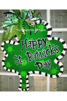 St. Patrick's Day Burlap Shamrock Door by TallahatchieDesigns