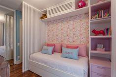 CasaPRO: quarto pequeno de menina com boas soluções de marcenaria