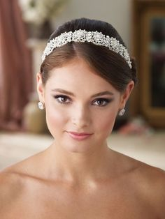 Berger - 9723 - All Dressed Up, Headpiece