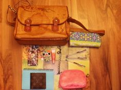 I love this bag biiig time. Cherryblossomcupcakes your bag is adorable!