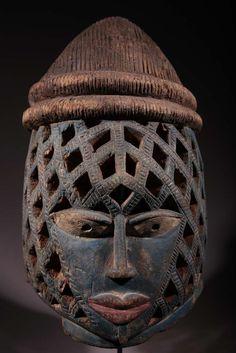 MASQUE GUÉLÉDÉ YORUBA http://art-masque-africain.com/