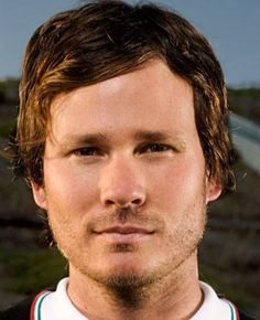 tom delonge. Great voice. Blink 182 and angels and airwaves are always on my playlists.