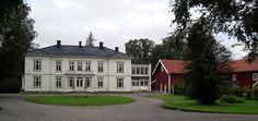 Gaarder gård Mansions, House Styles, Home Decor, Decoration Home, Manor Houses, Room Decor, Villas, Mansion, Home Interior Design