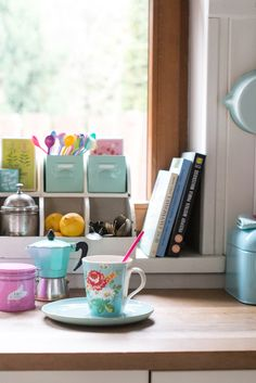Minty House, minty, kitchen, full of color, Rice, Cath Kidston, pastels, coffe break, lov, spoons