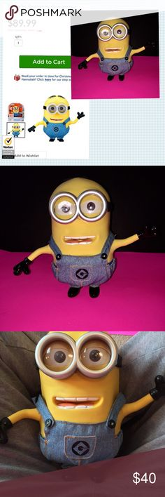 EXCLUSIVE TOYS R US DESPICABLE ME TALKING TOY LIKE NEW NO BOX! EXCLUSIVE TOYS R US DESPICABLE ME 2 TALKING MINION DAVE. HAS SOFT SKIN CLOTH OVERALLS! COMES WITH BATTERIES EVERYTHING WORKS! Press Dave's chin for voice and facial expression with moving head, mouth, eyes and arms! Interactive Talk Back - Talk to him and he'll respond! He even knows if you raised your voice. Quickly press Dave's chin twice and Dave will sing a Minion song! Outfitted in his jeans overall just like in the movie…