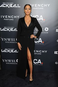 bb35751517d The stunning Lala simply sizzled on the black carpet of the KCA Black Ball  in a